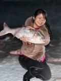 内蒙神奇母鱼湖 湖中女儿国